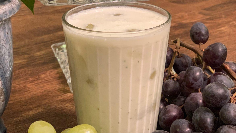 שייק חלבון וענבים